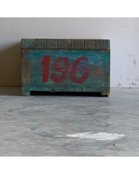 oud india metalen box